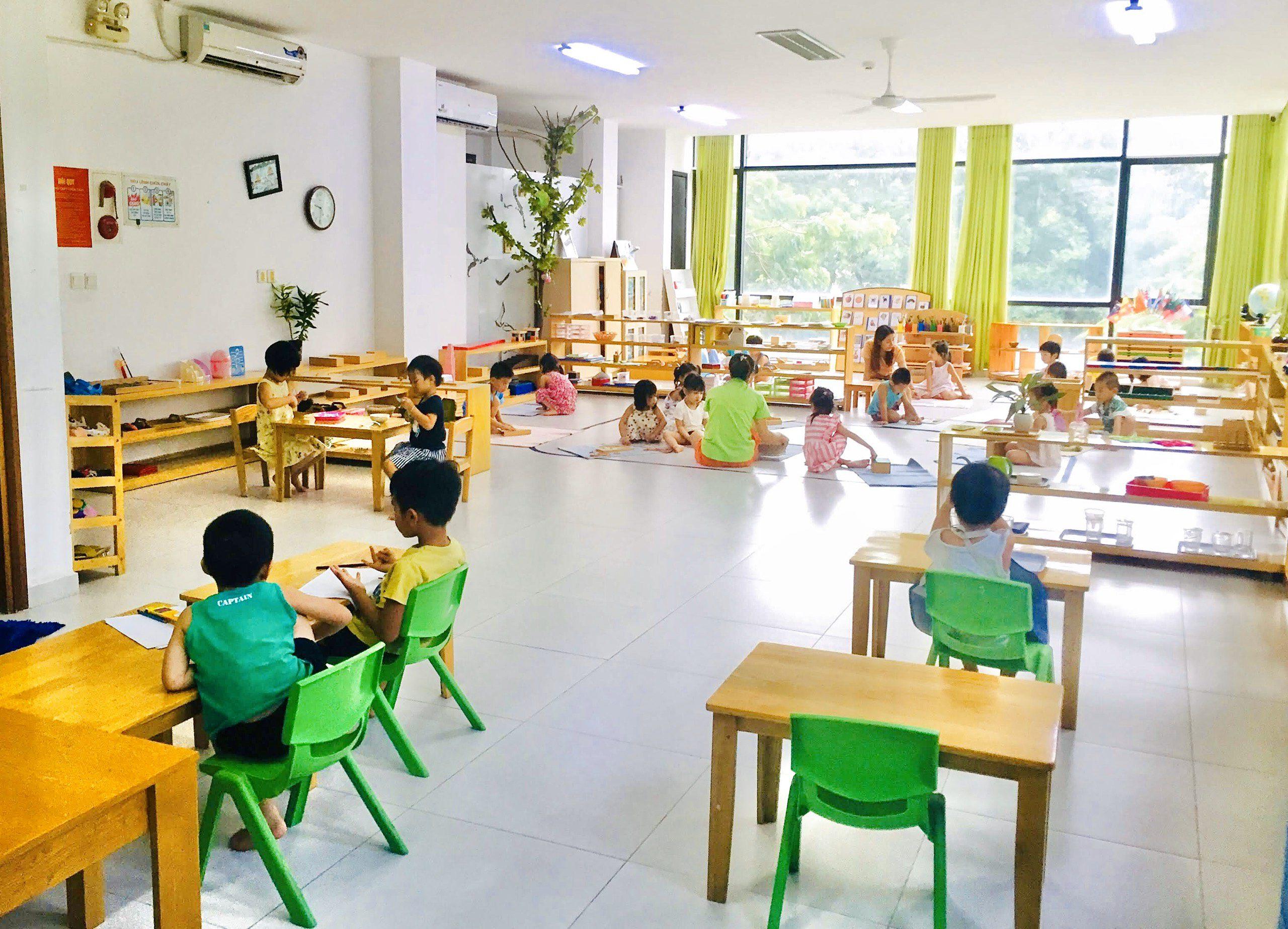 quản lý lớp học trong Montessori